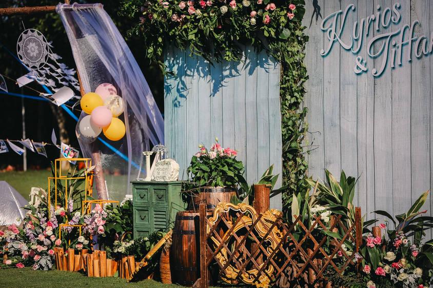 户外全鲜花婚礼